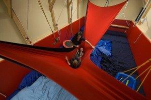 Stretchy hammock